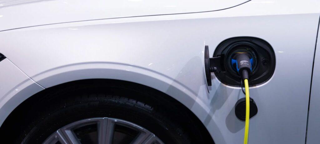 Topaktuell: Versicherung Elektroauto 1